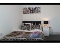 1 bedroom in Oldham Road, Rochdale, OL11