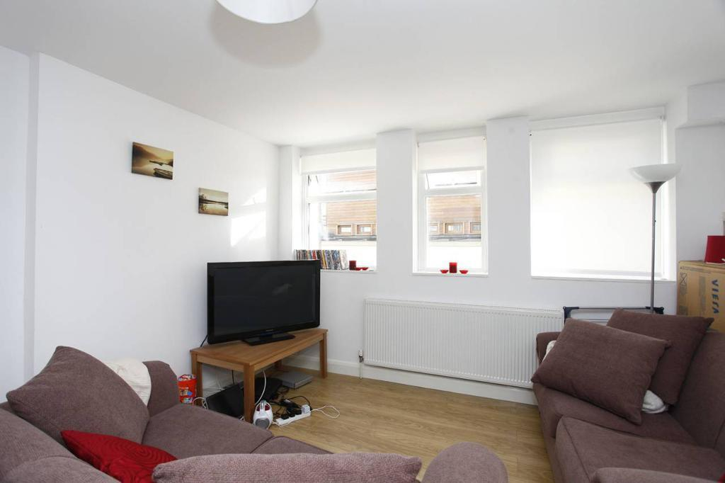 Crouch End and Stroud Green ***STUNNING 3 BEDROOM MODERN PROPERTY***