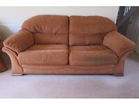 Sofa and two chairs in good condition. Terracotta.