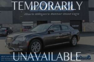 2016 Chrysler 300 TOURING LEATHER! PANORAMIC SUNROOF! HEATED+POW