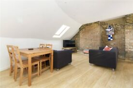 Split level 3 bed in Kennington
