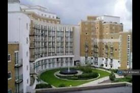 2 bedroom flat in Palgrave Gardens, London, NW1 (2 bed)