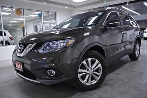 2014 Nissan Rogue SV, AWD, ROOF, ALLOYS, BACK UP CAM, ONE OWNER,
