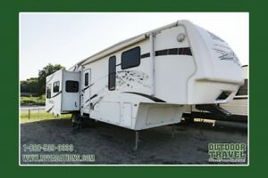 2008 KEYSTONE Montana 3585SSA Used 5th Wheel Trailer