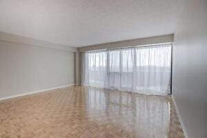4 1/2 Bright & Spacious *FREE Satellite TV West Island Montreal West Island Greater Montréal image 3