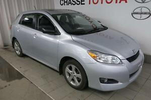 2012 Toyota Matrix Touring + Toit + PEA