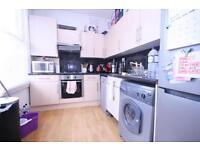 2 bedroom flat in Hartham Road, Islington