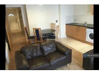 1 bedroom flat in Central Garden, Liverpool, L1 (1 bed)