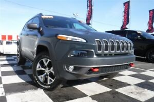 2017 Jeep Cherokee Trailhawk | Panoramic Sunroof | Navigation |
