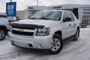 2013 Chevrolet Avalanche LS Black Diamond | Back Up Camera
