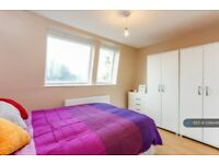 1 bedroom flat in Manor Gate - 2Nd Floor, Northolt, UB5 (1 bed) (#1096446)