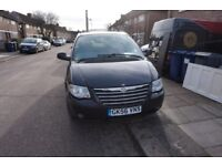 56 PLATE BLACK CHRYSLER GRAND VOYAGER 2006 Automatic STOW & GO NEW MOT LEATHER HEATED SEATS EXTRAS!!