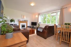 2 bedroom flat in Donovan Avenue, Muswell Hill, N10
