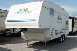 2007 Wilderness Scout 235RL Fifth Wheel