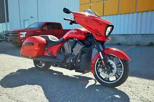 2016 Victory Motorcycles CROSS COUNTRY (DEMO) / 60$/sem garantie