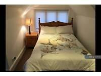 1 bedroom in The Avenue, Surrey, KT4