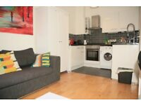 NO FEES! WI-FI INTERNET INCLUDED! Modern 2 bed flat next to West Kensington station, W14