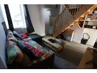 2 bedroom flat in Compton Avenue, East Ham