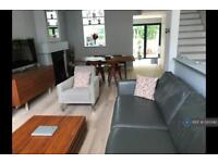 3 bedroom house in Colehill Lane, London, SW6 (3 bed)