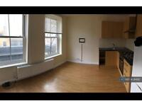 1 bedroom flat in Stoke Newington Highstreet, London, N16 (1 bed)