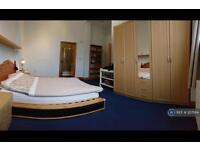 2 bedroom flat in Whitehorse Lane, London, E1 (2 bed)