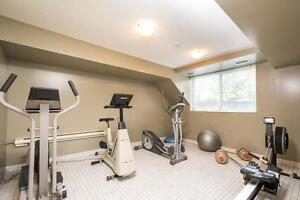 SPACIOUS RENOVATED SUITES WITH 2 BATHS! London Ontario image 10