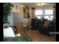 1 bedroom flat in International Way, Sunbury-On-Thames, TW16 (1 bed)