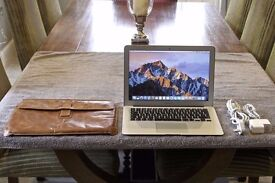 Macbook Air - Like New