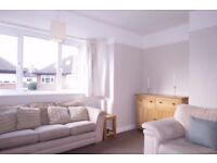 Spacious 2 Bedroom Maisonette With Short Walking Distance From Raynes Park Train Station!