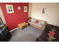 4 bedroom house in Meadow Street, Treforest,
