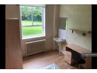 1 bedroom in Demesne Road, Manchester, M16