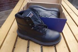 UVEX Steel toe cap boots size 8