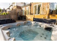 Luxurious 5 Bed fully furnished holiday let - GARDEN & HOT TUB - all bills included in central Hove