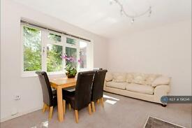 3 bedroom flat in Broadhurst Gardens, London, NW6 (3 bed)