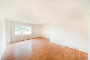 3 BEDROOM SPECIAL - Large and Affordable Townhomes in...