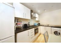 Spacious 4 bedroom gated property, with a good size garden. MUST SEE!!