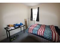 ***********FLAT FOR RENT ON OLD JAMAICA ROAD**********