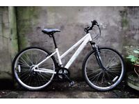 APOLLO SPRINTER, 17 inch, ladies womens hybrid road bike, 18 speed