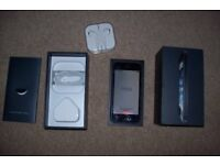 iphone 5 16 GB Black Boxed complete Unlocked Great phone J10 M25 Surrey Mobile Phone