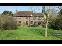 4 bedroom house in Lodge Road, Reading, RG10 (4 bed)