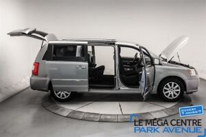 2014 Chrysler Town & Country Touring, STOW AND GO, MAGS**RESERVÉ