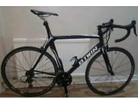B'twin FC 700 full carbon road bike