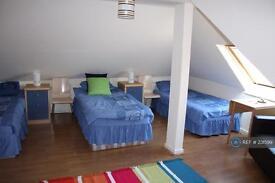 1 bedroom in Cranhurst Road, London, NW2