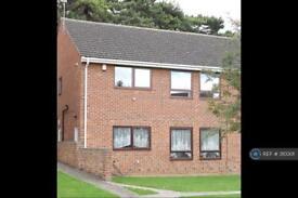 2 bedroom flat in Hillfield Court Road, Gloucester, GL1 (2 bed)
