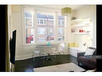 2 bedroom flat in Birchington Road, London, NW6 (2 bed)