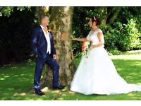 Wedding Photography by Experienced Photographer: Prices start from just £200