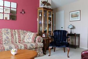 Non-Smoking 2 Bedroom Apartment for Rent in Charming Stratford Stratford Kitchener Area image 5