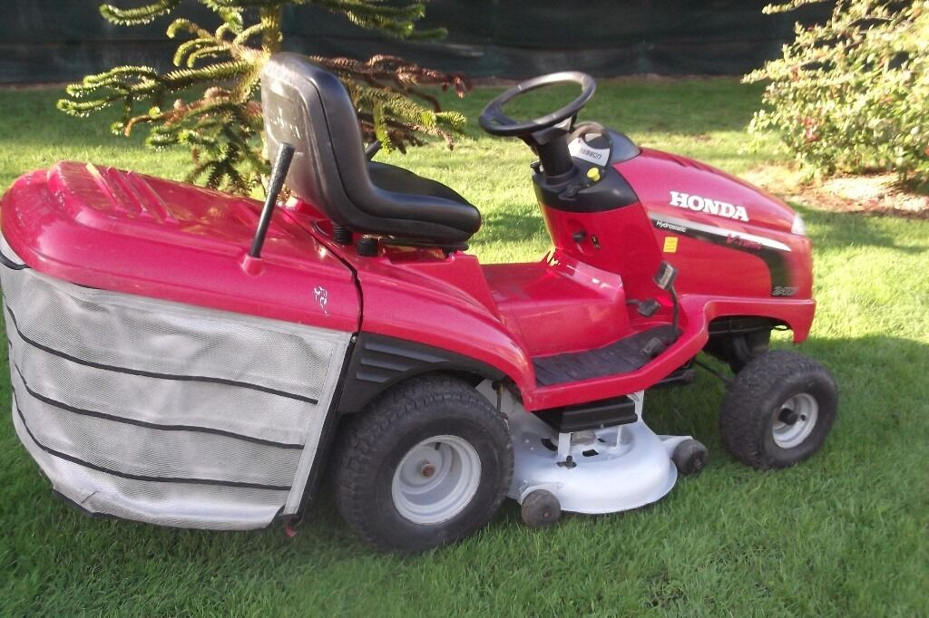 honda 2417 lawn tractor lawn mower ride on lawnmower for sale armagh area in armagh county. Black Bedroom Furniture Sets. Home Design Ideas