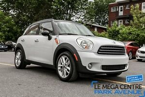 2012 MINI Cooper Countryman Base (M6)
