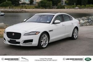 2017 Jaguar XF 35t 3.0L AWD Prestige Sale ON NOW!